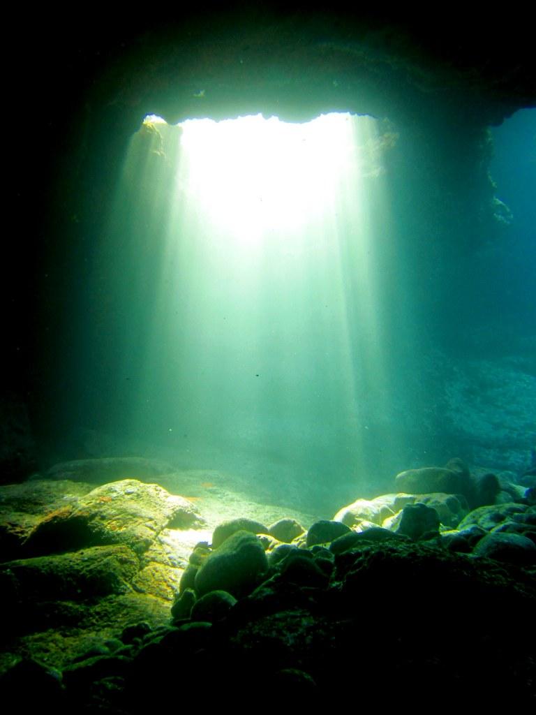 diving-tenerife-The-Moon-Pools-7